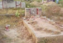 Photo of Pakistani Ahmadis accused of blasphemy over Islamic tombstones